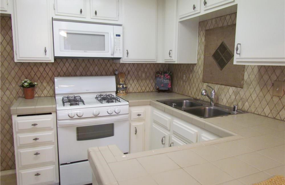 12420 Mount Vernon Ave. APT 6D, Grand Terrace, CA 92313